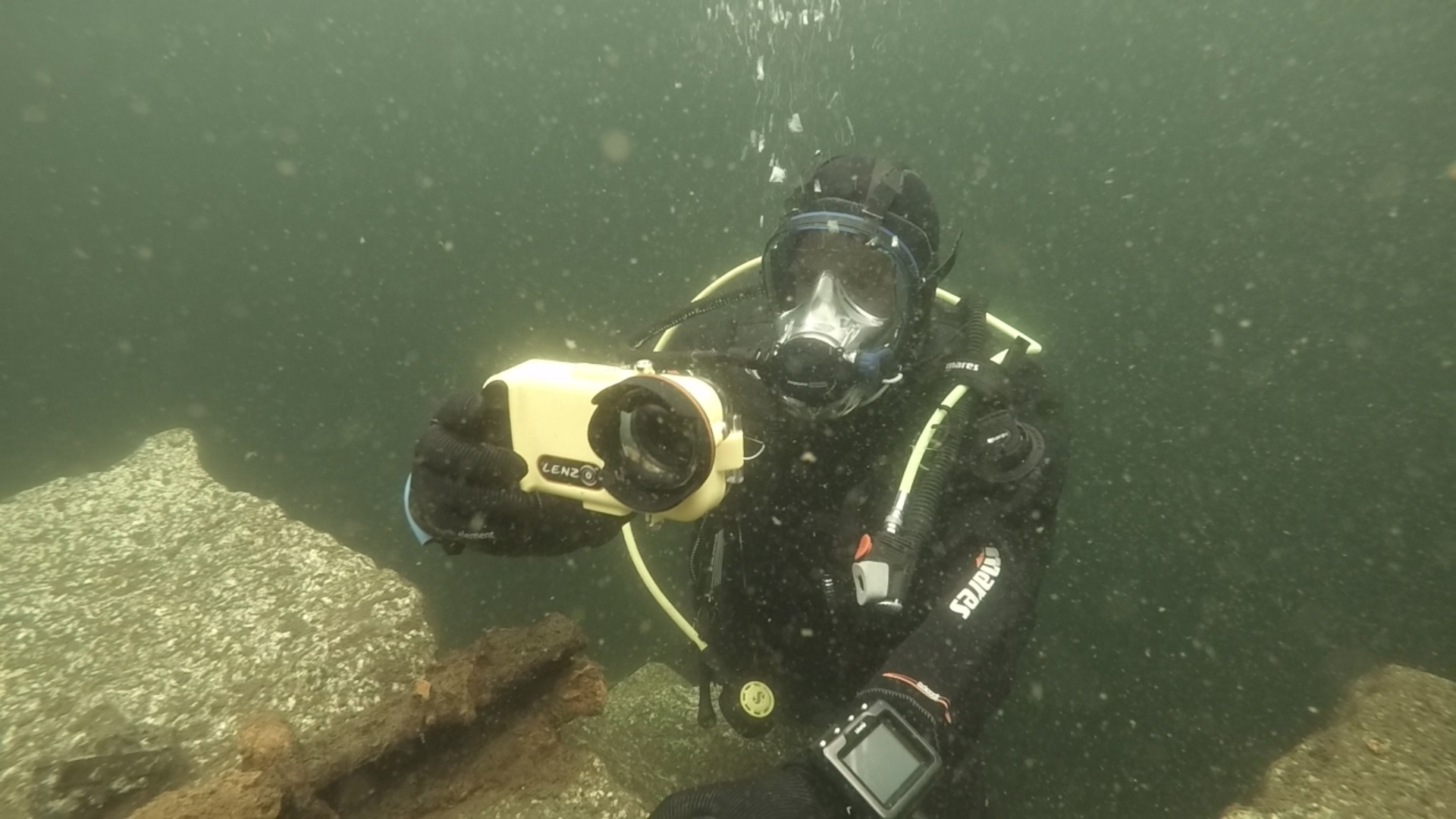 innovative design f18fc d3ac1 Scuba Diving Equipment Review: LenzO Underwater Housing for the ...