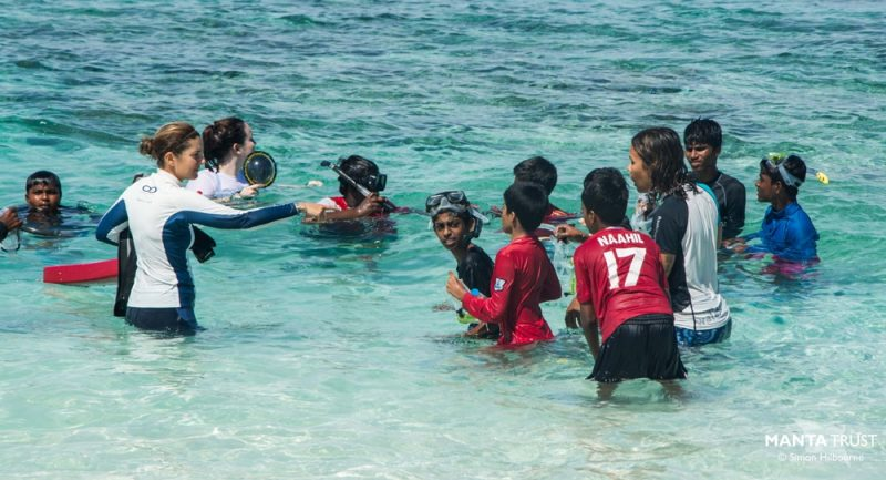 200-students-have-snorkeling-lessons-at-festival_Credit_Simon-Hilbourne-@-Manta-Trust.jpg