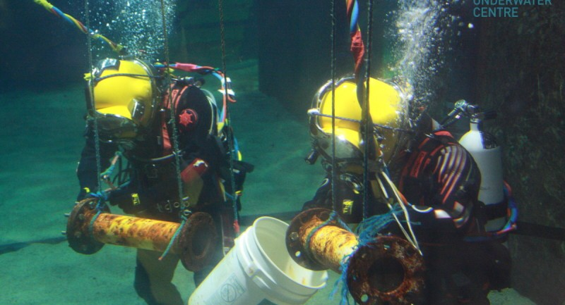 Offshore Commercial Diver : Careers as a commercial diver